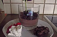 Brownies mit Whiskysahne und Schokoladenpudding