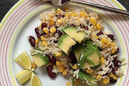 Dunkle Bohnen-Mais-Avocado Salat mit Reis und Quinoa 1
