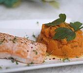 Veganes Süßkartoffel-Sellerie-Püree