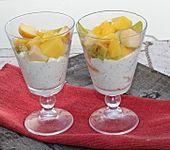 Mohncreme mit Obst (Bild)