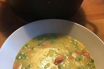 Kartoffelsuppe mit Erbsen und Mettwürstchen 71
