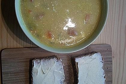 Kartoffelsuppe mit Erbsen und Mettwürstchen 63