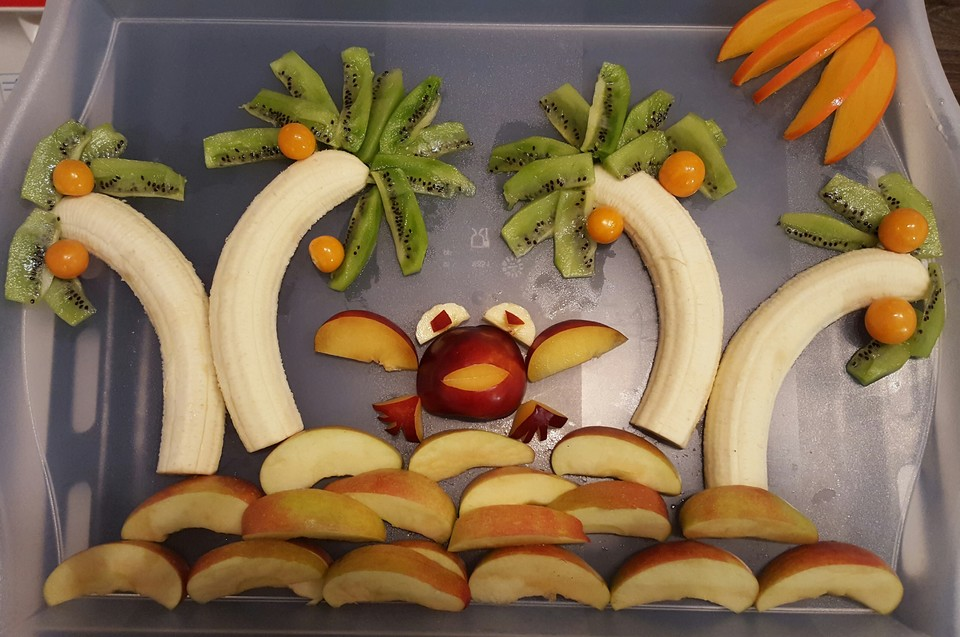fruchtinsel so lieben kinder den obststeller rezept mit bild. Black Bedroom Furniture Sets. Home Design Ideas