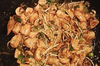 Glasiertes Huhn mit Hoisinsauce und Cashewkernen 8