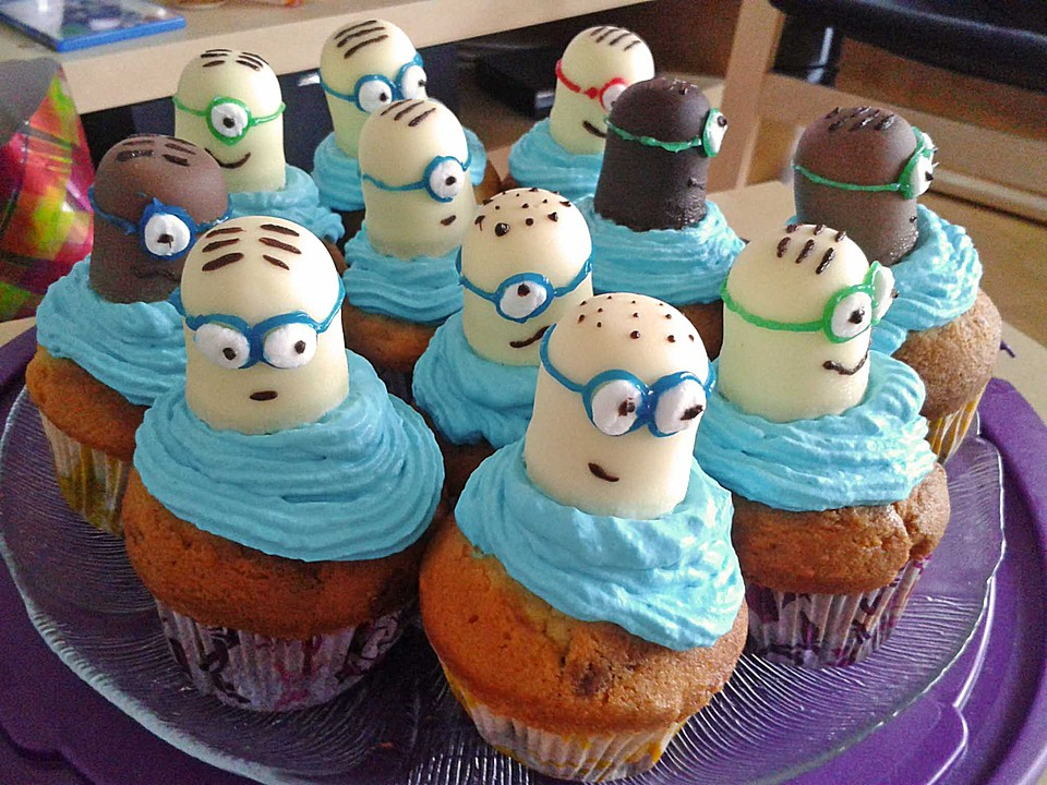 minion cupcakes rezept mit bild von lea1012. Black Bedroom Furniture Sets. Home Design Ideas