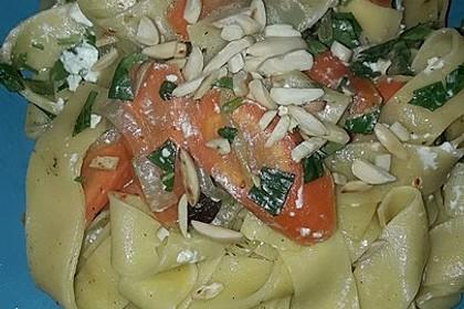 Orientalische Möhren-Pasta 12