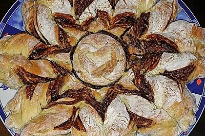 Blumen-Brioche mit Nutella 44