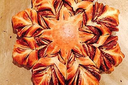 Blumen-Brioche mit Nutella 24