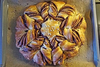 Blumen-Brioche mit Nutella 40