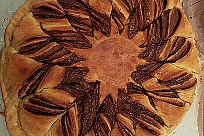 Blumen-Brioche mit Nutella 52