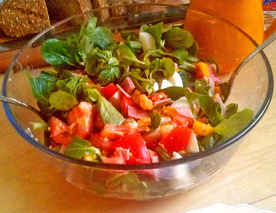 tomaten rapunzel salat mit honig senf sauce rezept mit bild. Black Bedroom Furniture Sets. Home Design Ideas