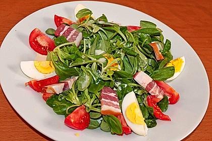 Tomaten-Rapunzel-Salat mit Honig-Senf-Sauce