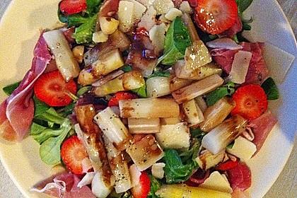 Spargelsalat mit Erdbeeren und Balsamico-Vinaigrette 6