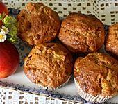 Zimt-Muffins aus Dinkelmehl mit Nektarinen