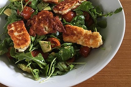 Rucola-Salat mit Halloumi und Pesto-Vinaigrette 2