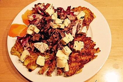 Farfalle-Rösti mit Pilz-Radicchio-Gemüse 4