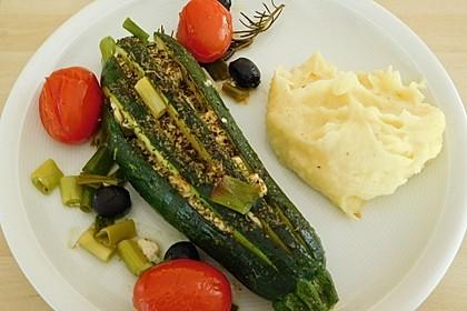 Zucchinifächer mit Feta 56
