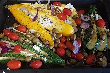 Zucchinifächer mit Feta 31