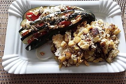 Zucchinifächer mit Feta 69