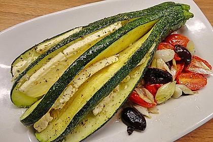 Zucchinifächer mit Feta 7