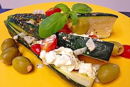 Zucchinifächer mit Feta 44