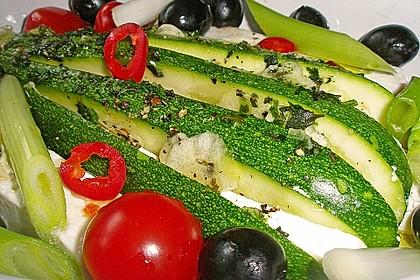 Zucchinifächer mit Feta 19