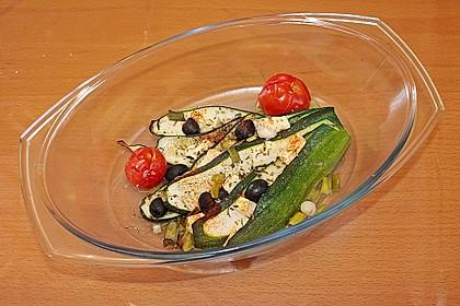 Zucchinifächer mit Feta 111