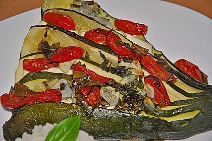 Zucchinifächer mit Feta 41