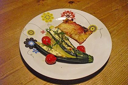 Zucchinifächer mit Feta 55