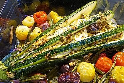 Zucchinifächer mit Feta 22