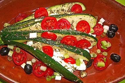 Zucchinifächer mit Feta 11