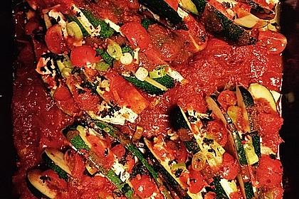 Zucchinifächer mit Feta 84