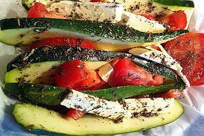 Zucchinifächer mit Feta 8