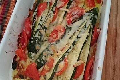 Zucchinifächer mit Feta 105
