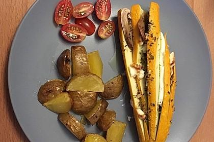 Zucchinifächer mit Feta 76