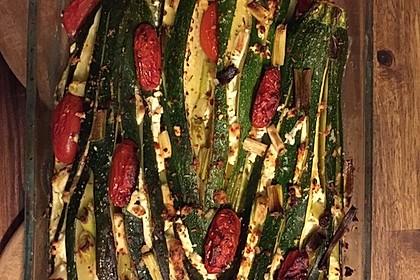 Zucchinifächer mit Feta 74