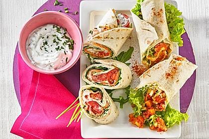 Wrap mit Hähnchen-Paprika-Zucchini-Füllung