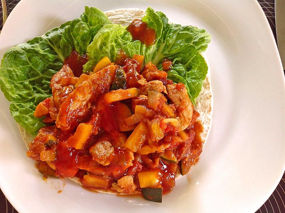 wrap mit h hnchen paprika zucchini f llung rezept mit bild. Black Bedroom Furniture Sets. Home Design Ideas