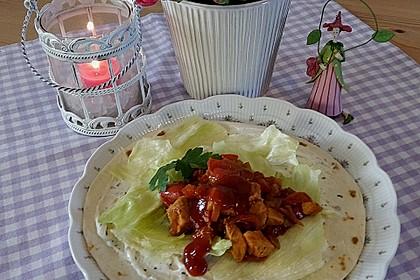 Wrap mit Hähnchen-Paprika-Zucchini-Füllung 7