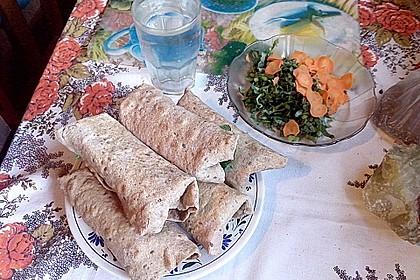 Wrap mit Hähnchen-Paprika-Zucchini-Füllung 11
