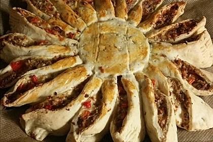 Sonnen-Pizza mit Hackfleisch 47