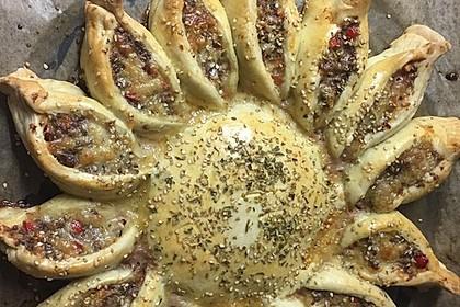 Sonnen-Pizza mit Hackfleisch 44