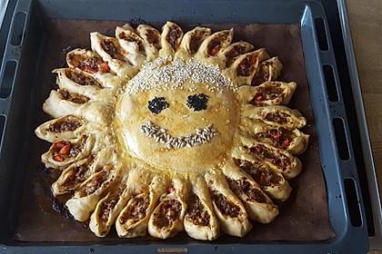 Sonnen-Pizza mit Hackfleisch 40