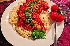 Spaghetti mit Gemüse-Bolognese