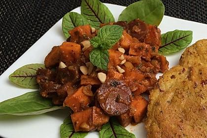 Süßkartoffel-Curry mit Kokos-Erdnuss-Soße 4