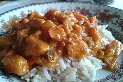 Süßkartoffel-Curry mit Kokos-Erdnuss-Soße 17