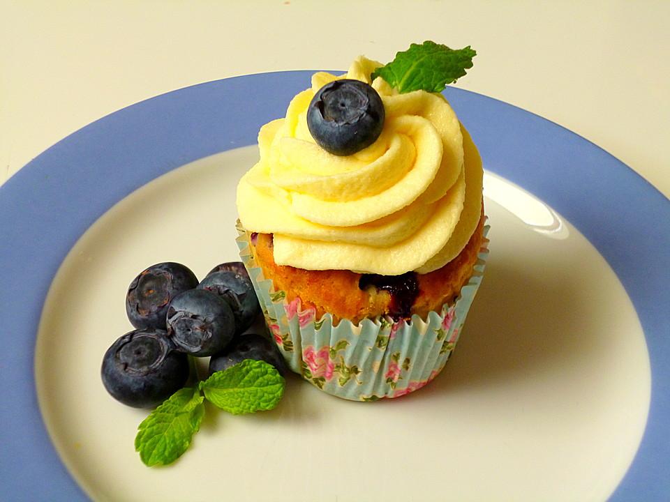 blaubeer vanille cupcakes mit vanilletopping rezept mit bild. Black Bedroom Furniture Sets. Home Design Ideas