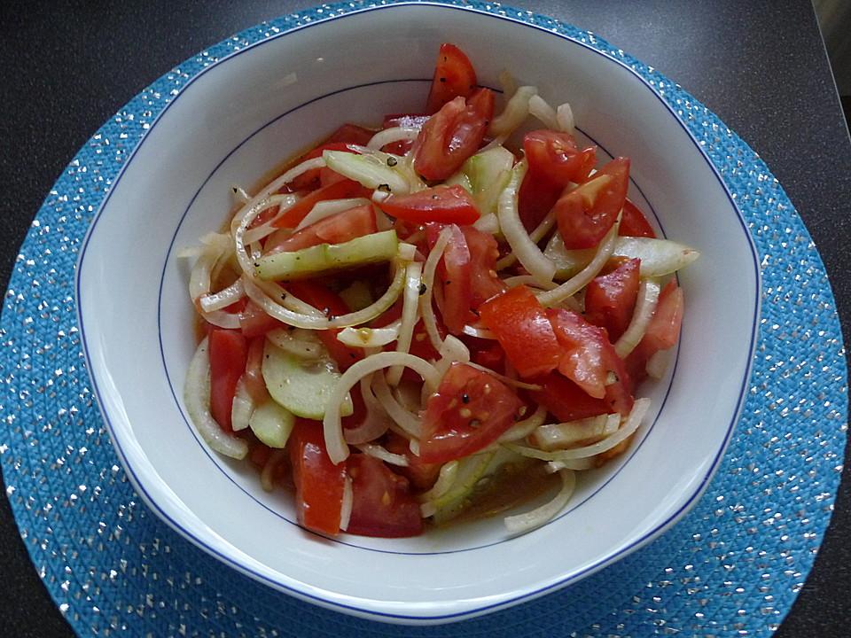 gem sezwiebel gurken tomaten salat. Black Bedroom Furniture Sets. Home Design Ideas