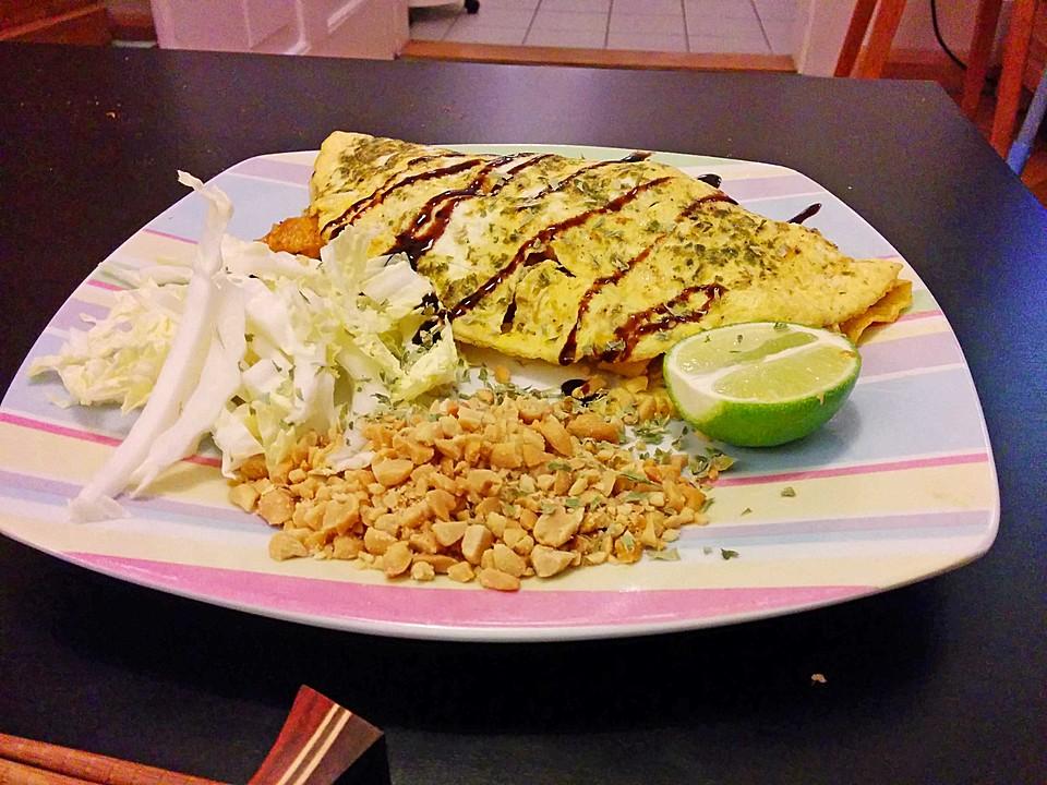 Pad Thai Omelette (Rezept mit Bild) von akahlig | Chefkoch.de