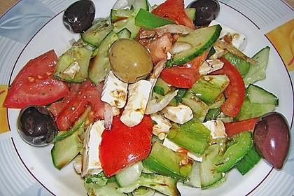 Griechischer Bauernsalat 40